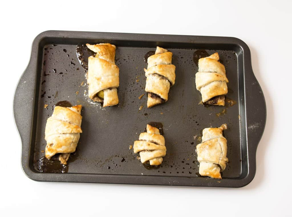 Easy Apple Cinnamon Croissants