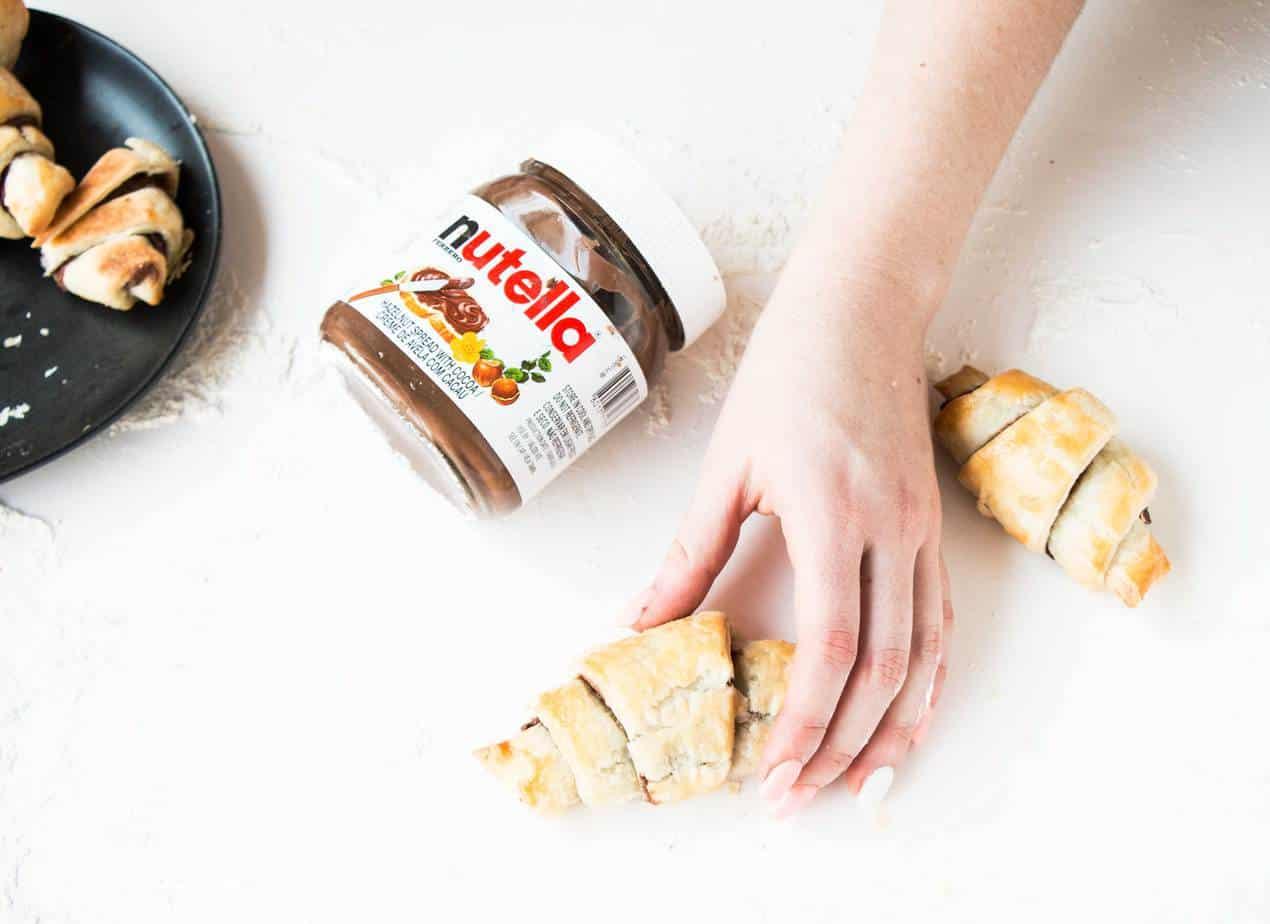 Easy Nutella Croissants