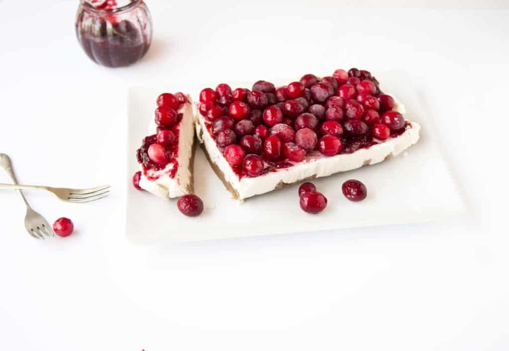 Vegan Cranberry Cheesecake