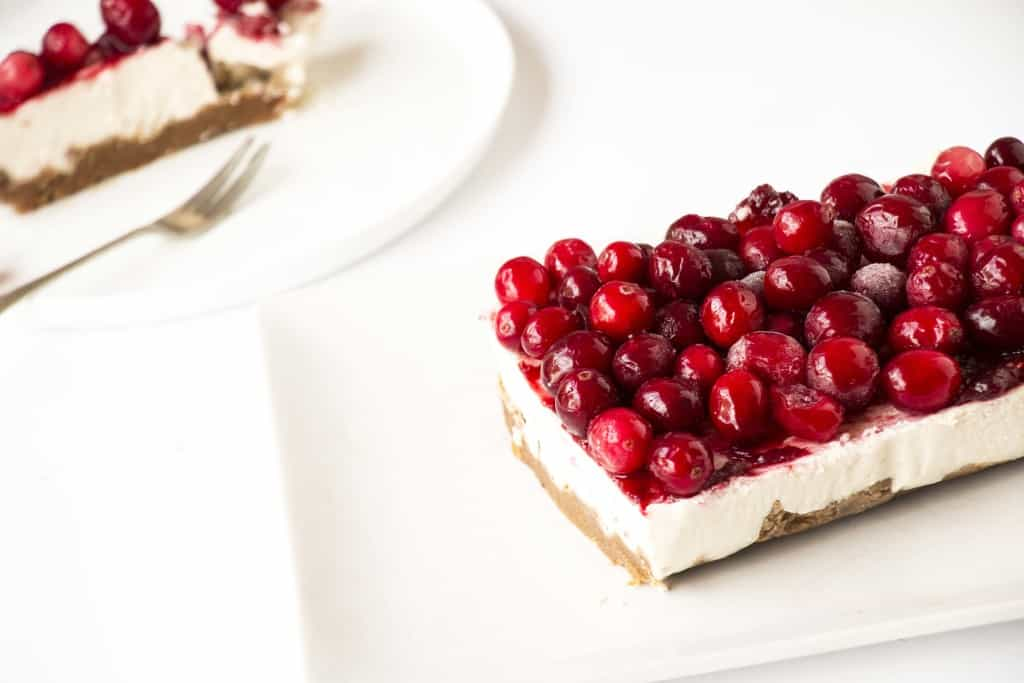 Vegan Cranberry Cheesecake