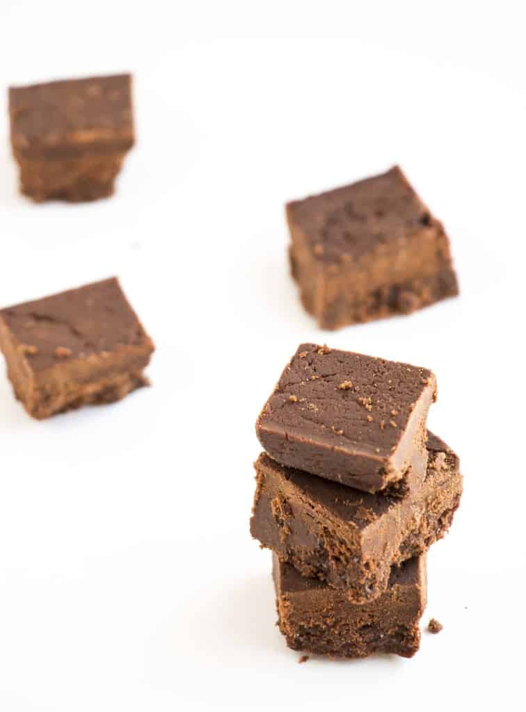 2 Ingredient Dark Chocolate Fudge