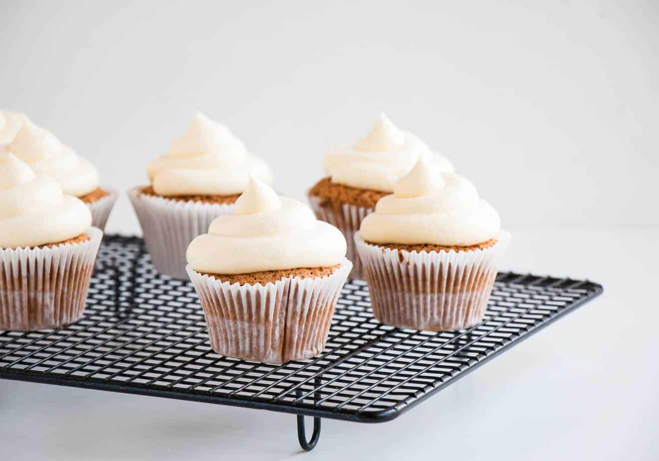 Moist Carrot Cake Cupcakes