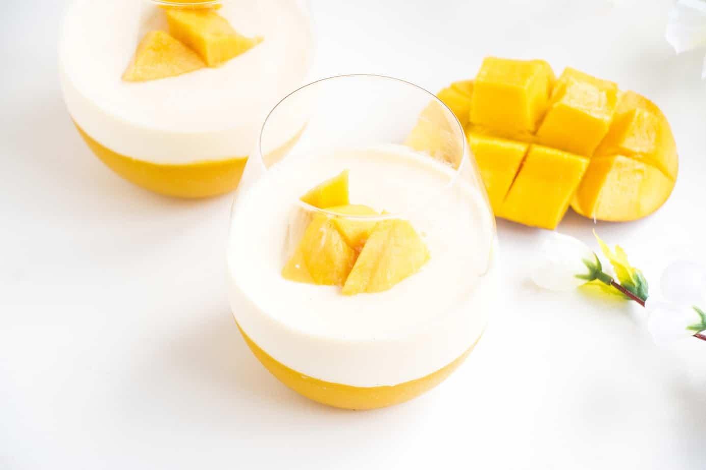Refreshing Mango Panna cotta - Baking-Ginger