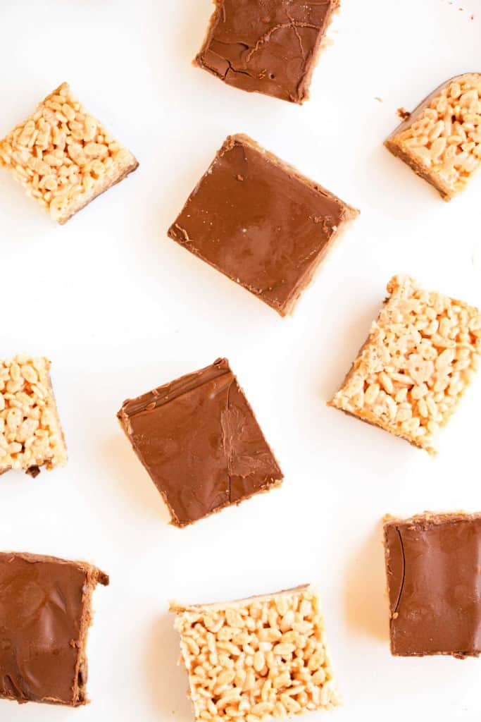 Chewy Choc Caramel Rice Krispy Bars - The perfect combination of sweet, chewy and crunchy. So easy to make and always a winner.