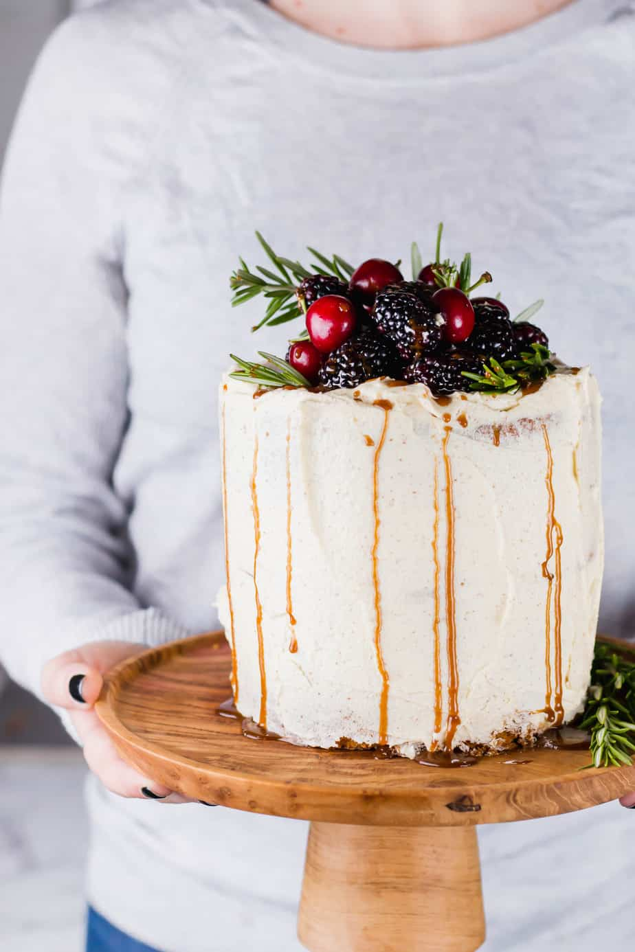 This Brown Butter Cake with Berries and Cinnamon Honey is the ultimate festive season treat. A delicious soft nutty cake, covered and filled with a brown butter buttercream.